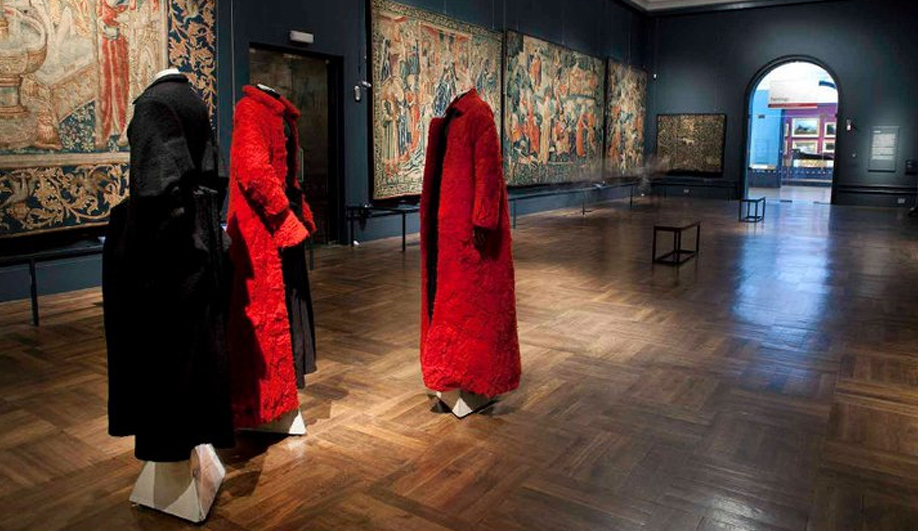 On exhibit The genius couture of Yohji Yamamoto 07