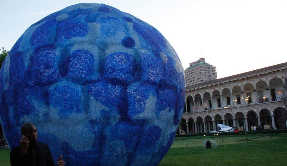 Azure in Milan Mutant Architecture & Design 02