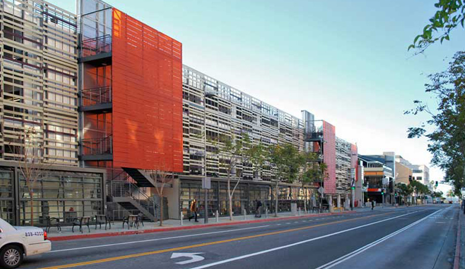 Brooks + Scarpa revamp Frank Gehry's parking garage 04