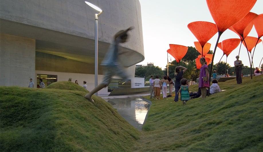 stARTT's winning summer installation opens at MAXXI 01