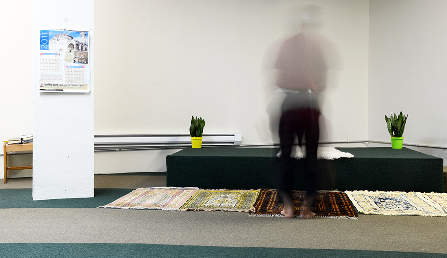 On Now Sacred Spaces in Profane Buildings 04
