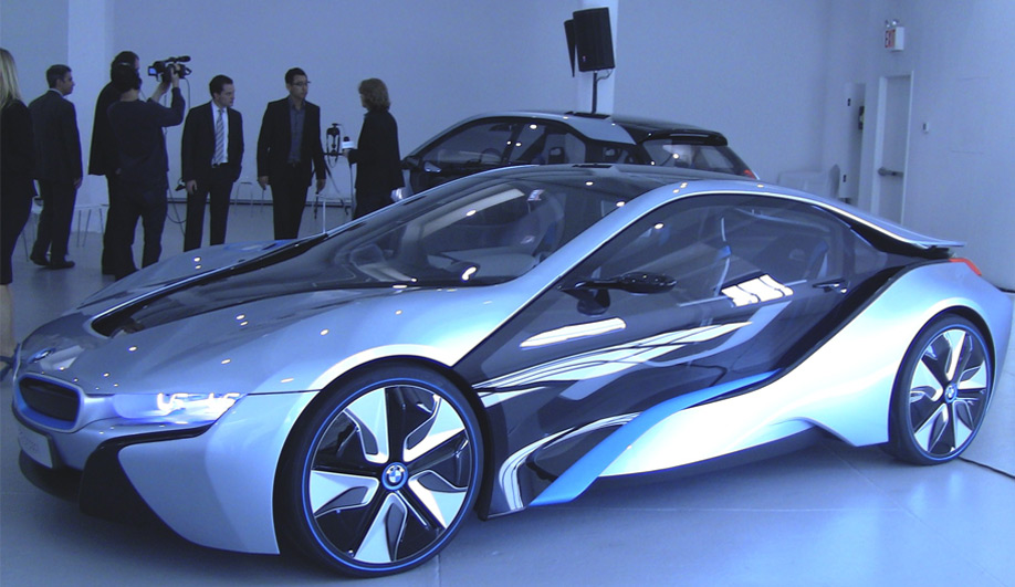 BMWs i concepts start a buzz 01