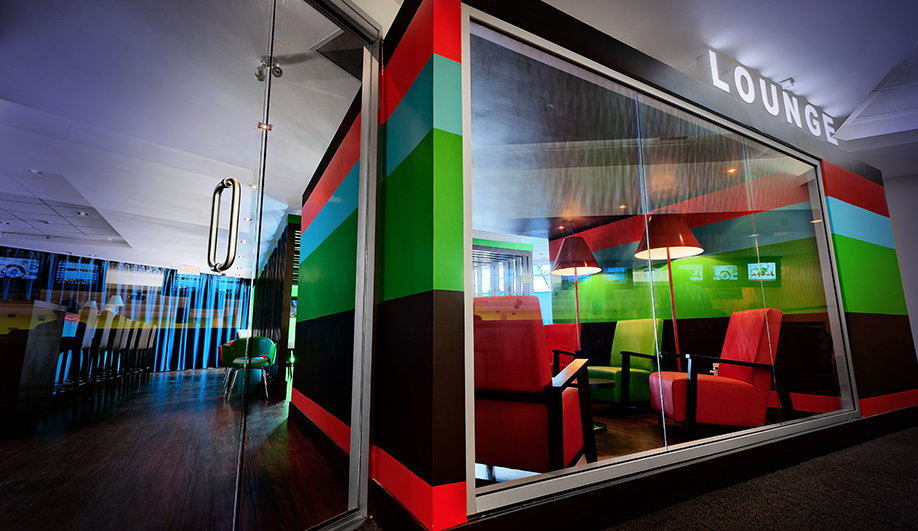A technicolour hangout in Quebec 01