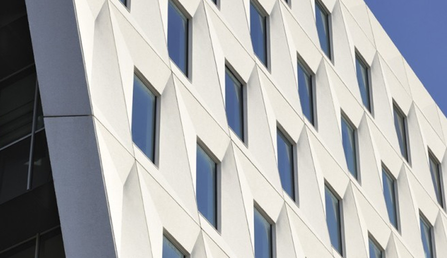 A bold new municipal building in The Hague 03