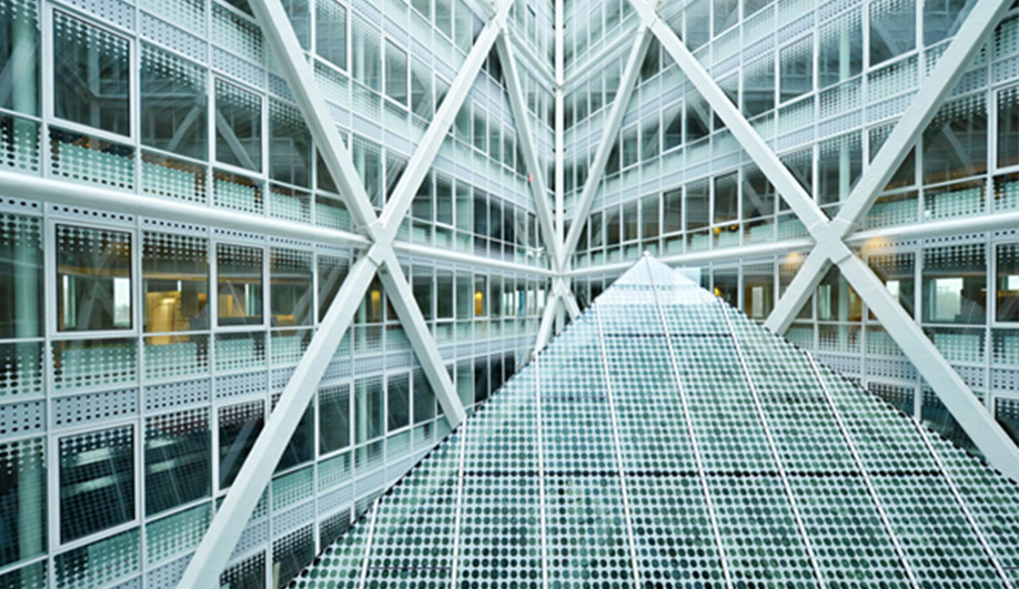 A bold new municipal building in The Hague 05