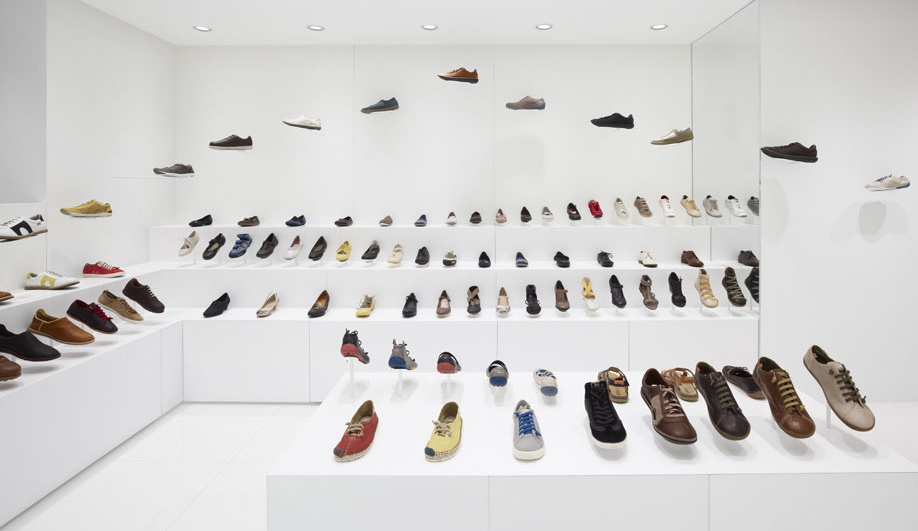 Camper store in Osaka by Nendo 01