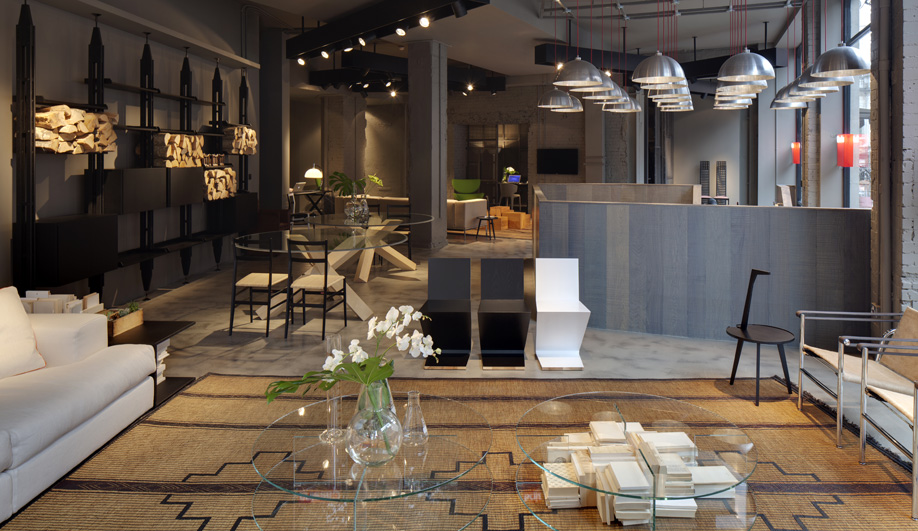 Cassina 39 S First London Showroom Designed By Piero Lissoni