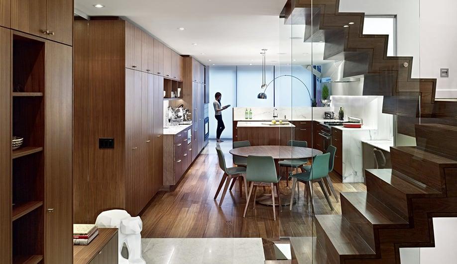 A toronto home 39 s cozy modern renovation azure magazine for Modern home decor toronto