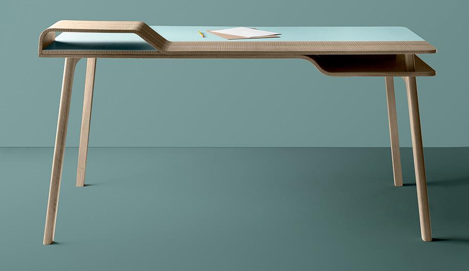 IMM Desks 06