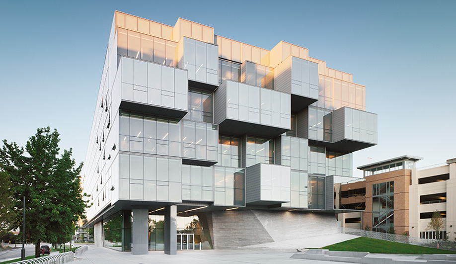 2013 AZ Award Winner: Best Architecture > 1,000 Square Metres