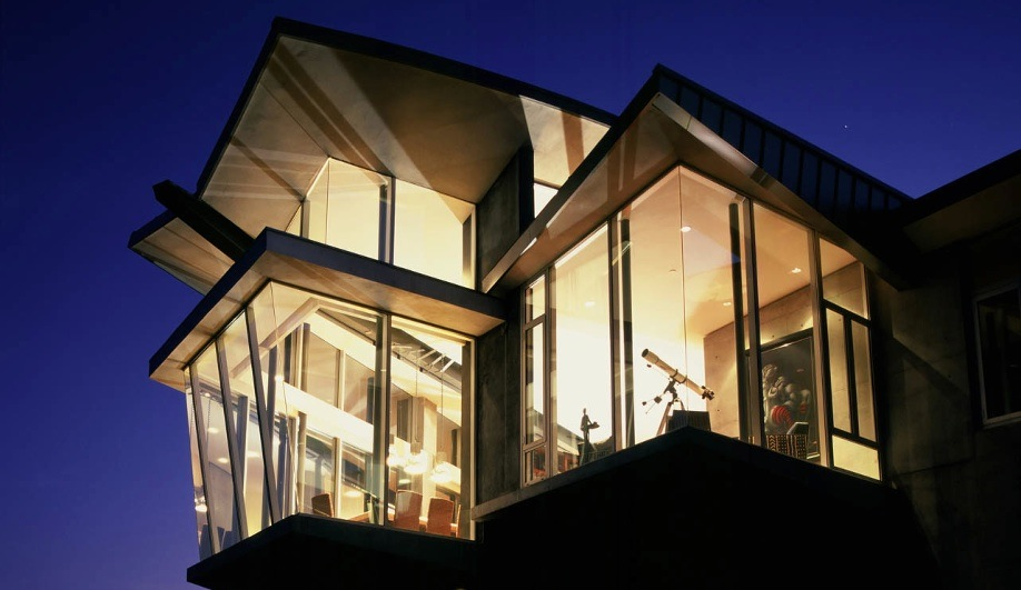 10 modernist houses in scary movies azure magazine