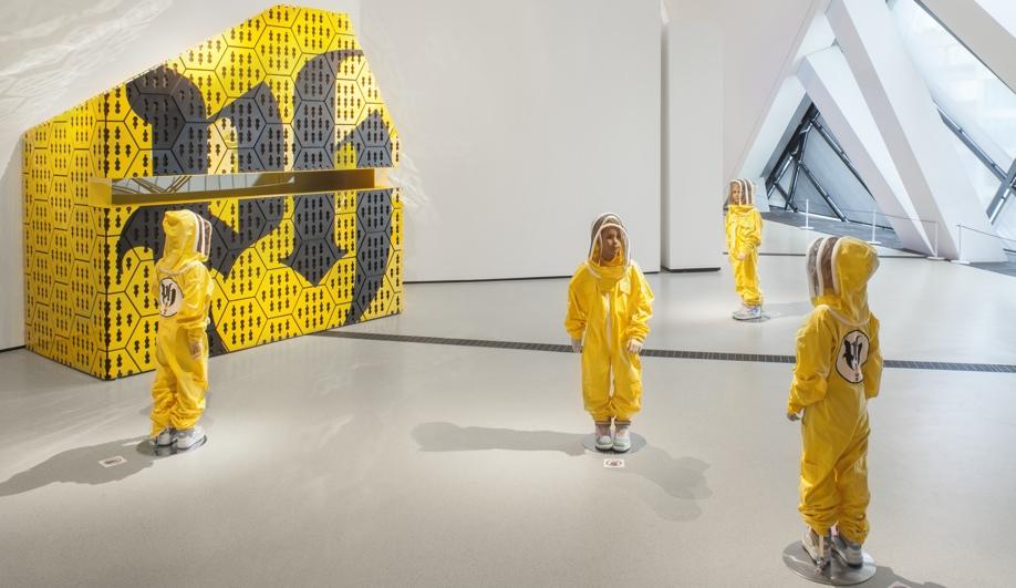A Buzz-Worthy Installation in Toronto