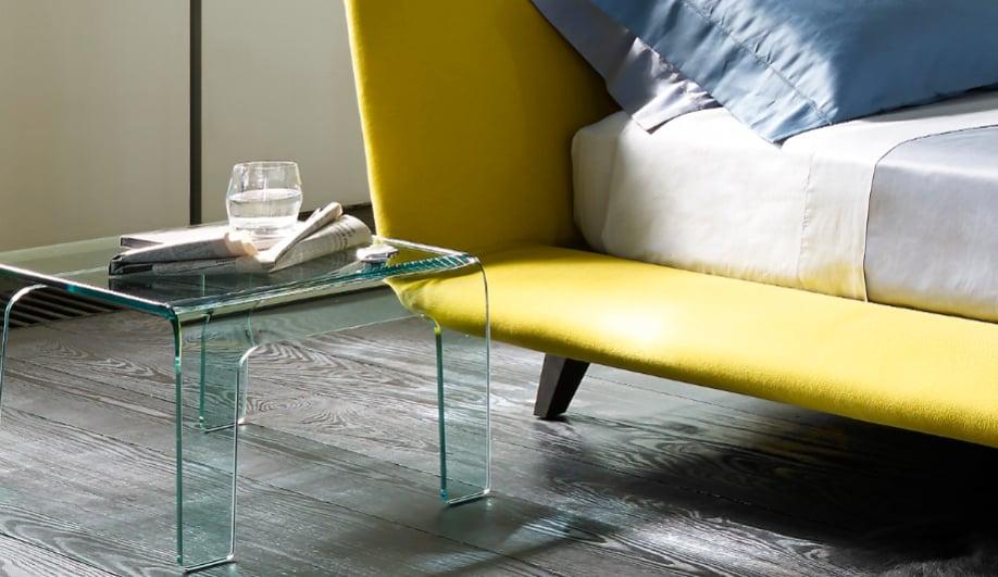six sweet bedside tables azure magazine. Black Bedroom Furniture Sets. Home Design Ideas