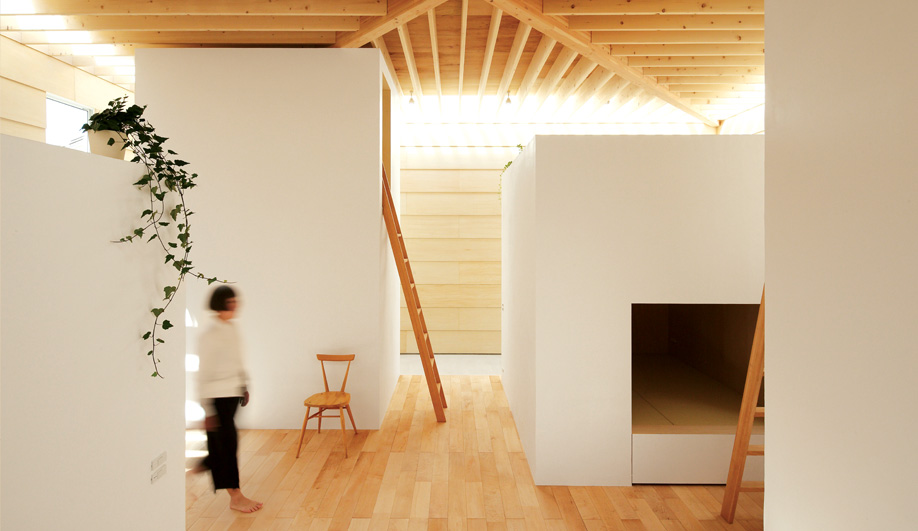 Azure A House Built Like a Village 01