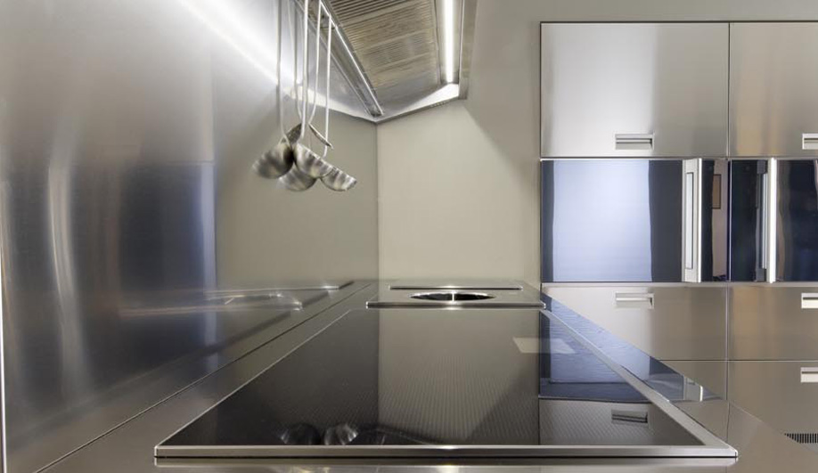Azure-Countdown-to-Milan-5-hot-kitchens-07