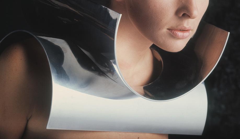 Must-See: Gijs Bakker's Mod Jewellery - Azure Magazine Emmy Van Leersum