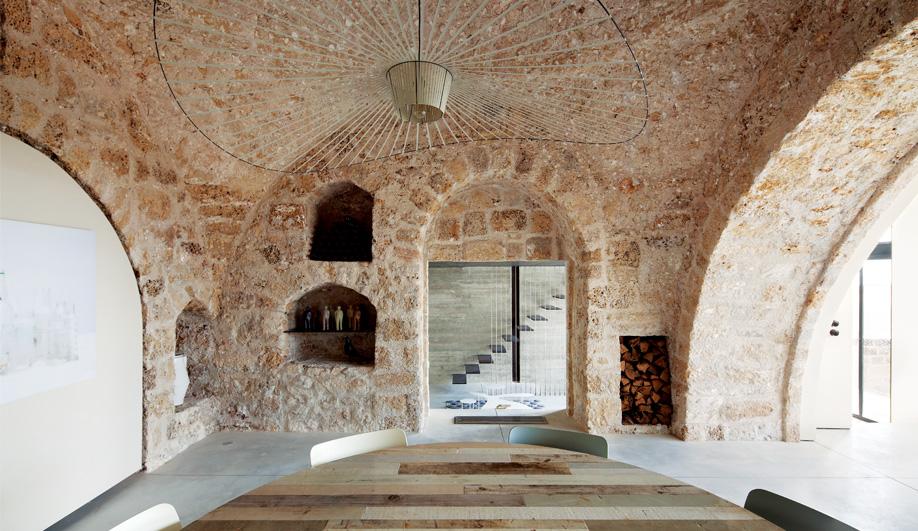 Azure Revamping a Rustic Tel Aviv Home 01