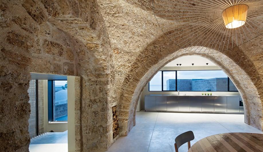 Azure Revamping a Rustic Tel Aviv Home 05