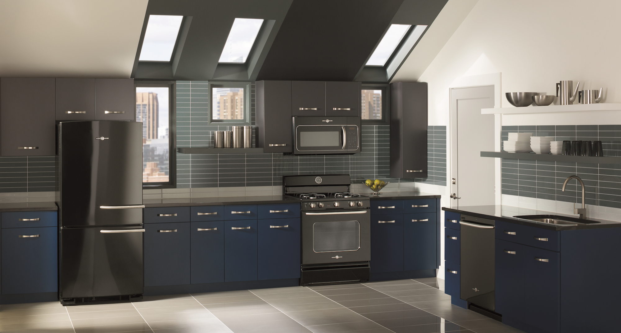 Black Is The New Black In Kitchens Azure Magazine