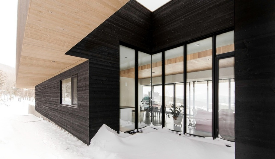 Chalet in Quebec by Chevalier Morales Architectes