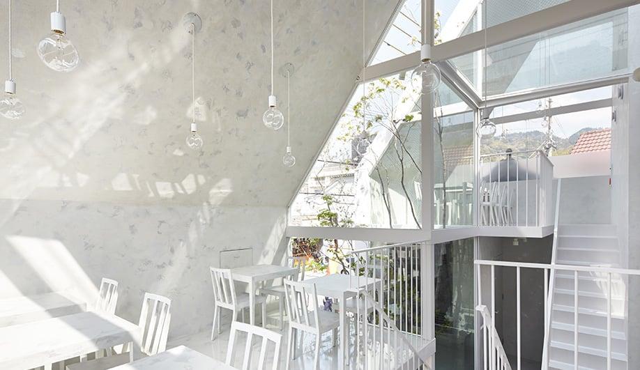 Azure-LEspoir-Blanc-02