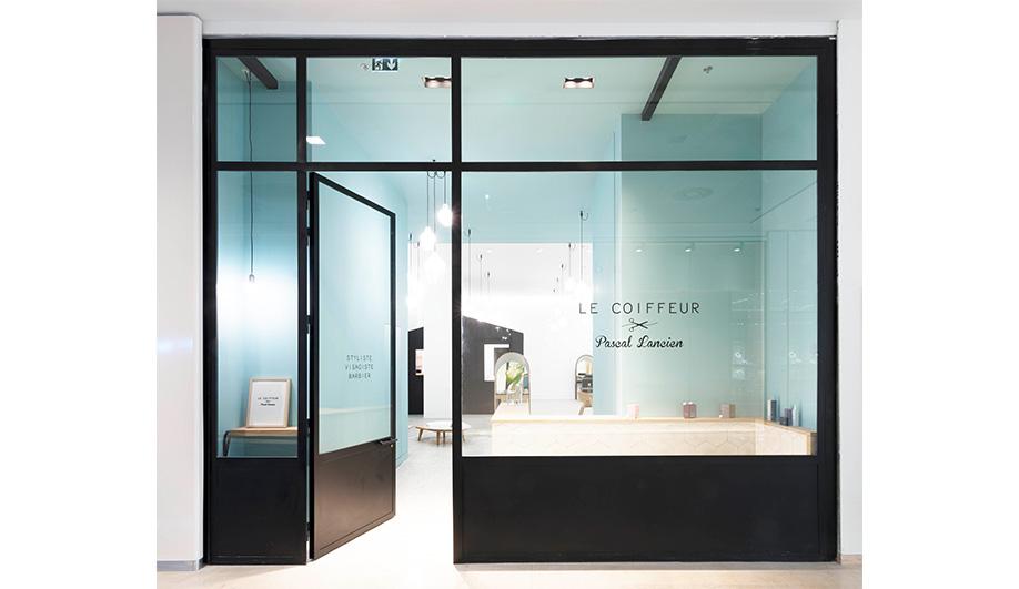 A Charming Hair Salon in Marseille