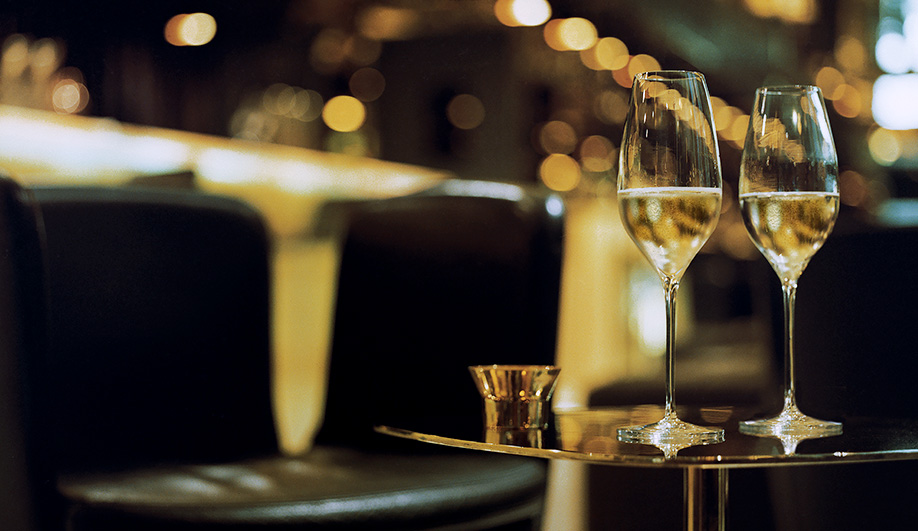 The World's Best Champagne Glass