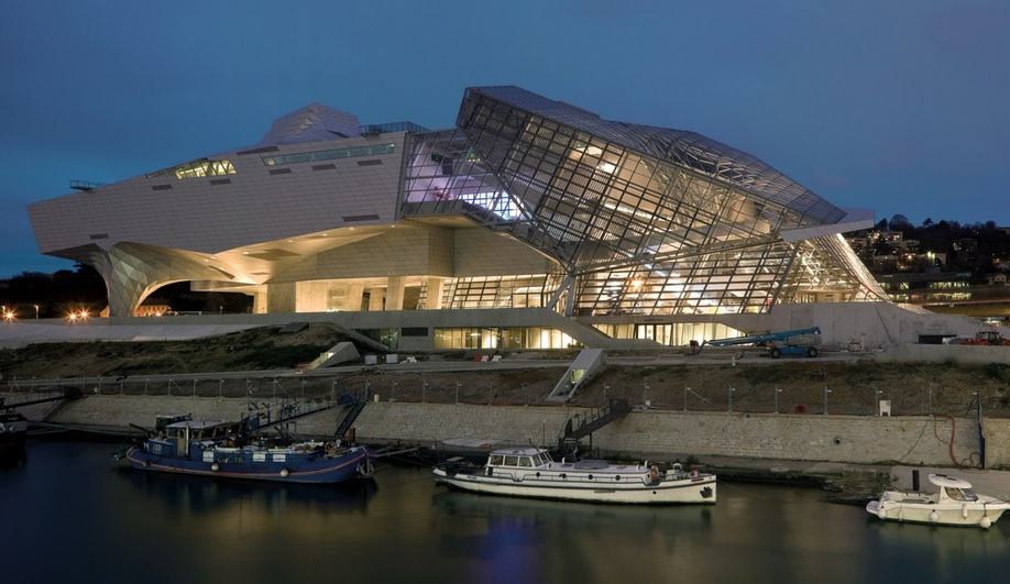 Azure-2014-Top-10-Big-Architectural-Projects-20