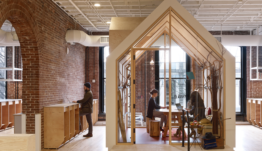 Airbnb's Portland Office Evokes A Sense of Community