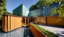 Video: Inside Toronto's Integral House