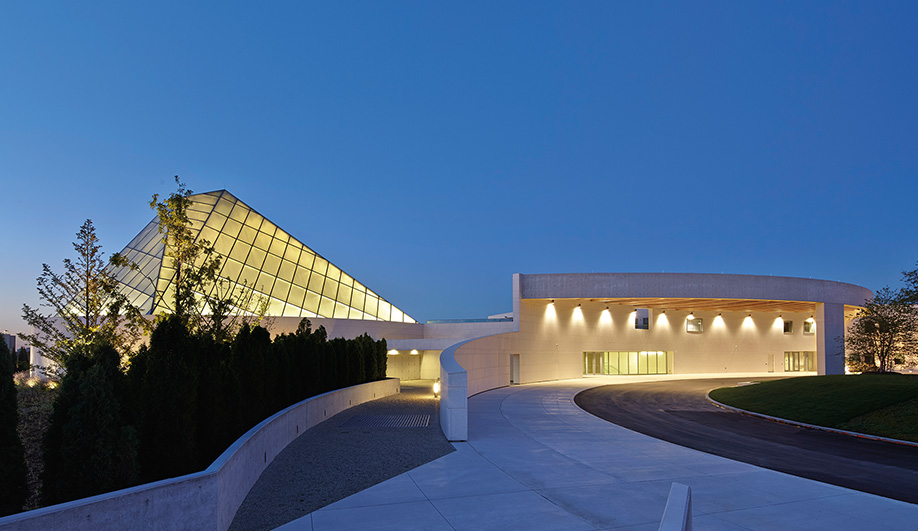 The Spectacular Aga Khan Museum And Ismaili Centre Azure