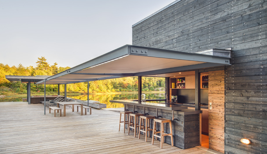 A Modern Boathouse in Rustic Cottage Country