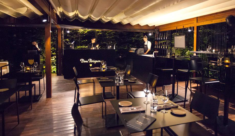 Bulgari Hotel Milano Dom P 233 Rignon Lounge Amp Raw Bar Azure Magazine