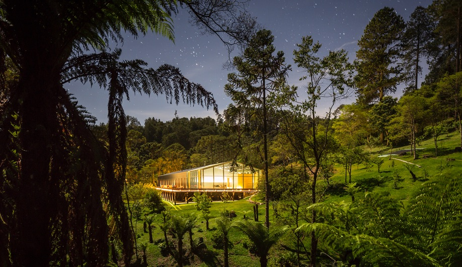 Studio MK27's Cozy Chalet in the Brazilian Mountains
