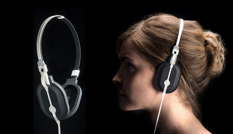 Azure-Wireless-Headphones-06