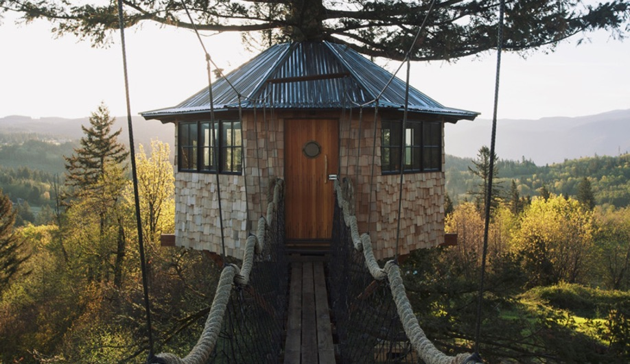 Azure-Treehouses-Cinder-Cone-02