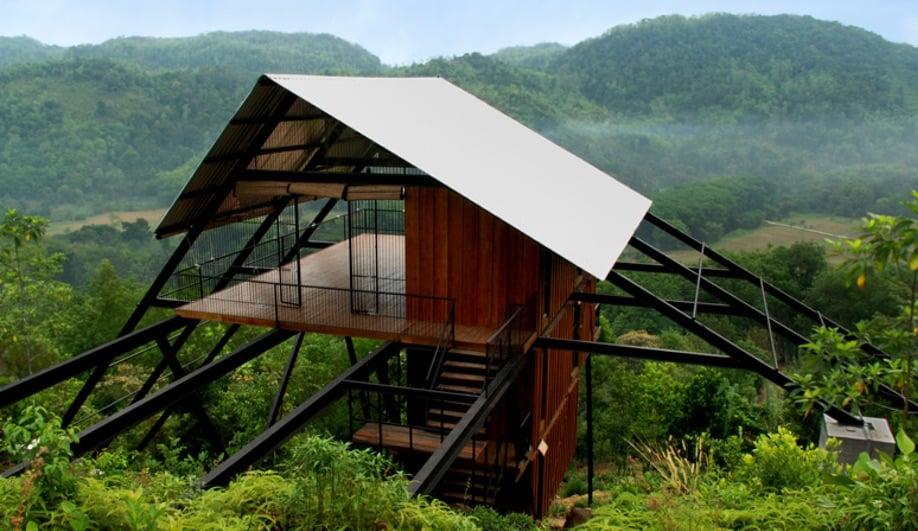 Azure-Treehouses-Estate-Bungalow-by-Narein-Perera