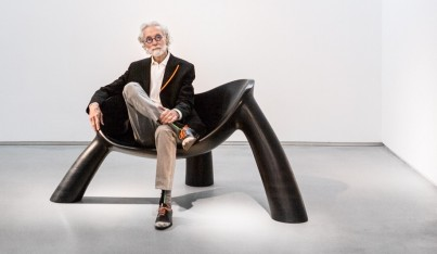 Wendell Castle Updates His Sculptural Seating for a New York Invasion