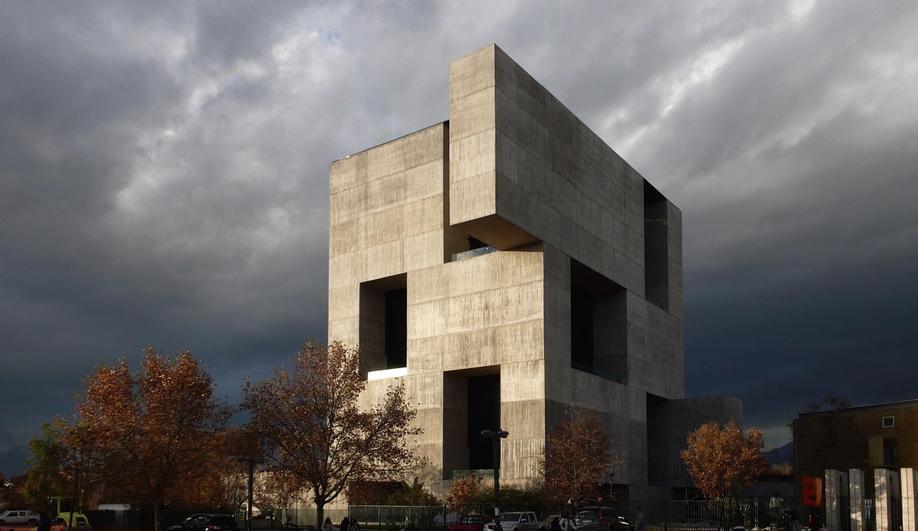 Azure-Alejandro-Aravena-Innovation-Center