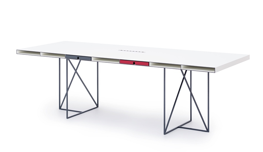 Grande Desk