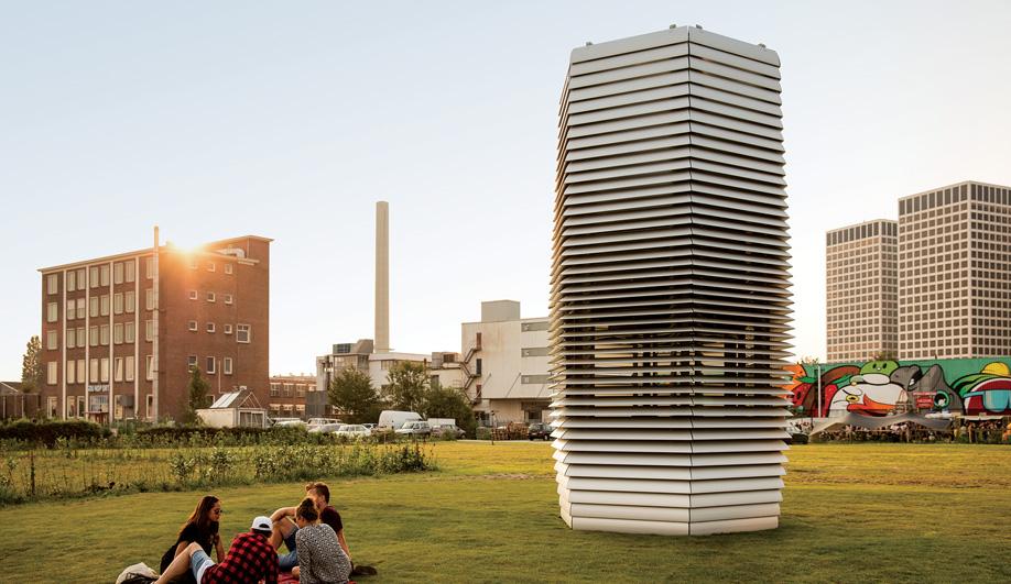 Daan Roosegaarde's Smog-Eating Tower