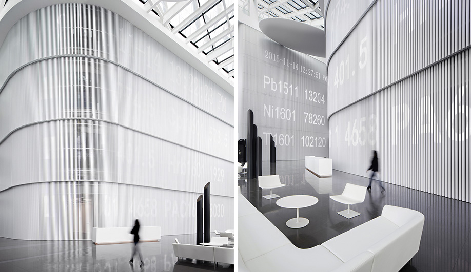 A Crisp-White Corian Office in China