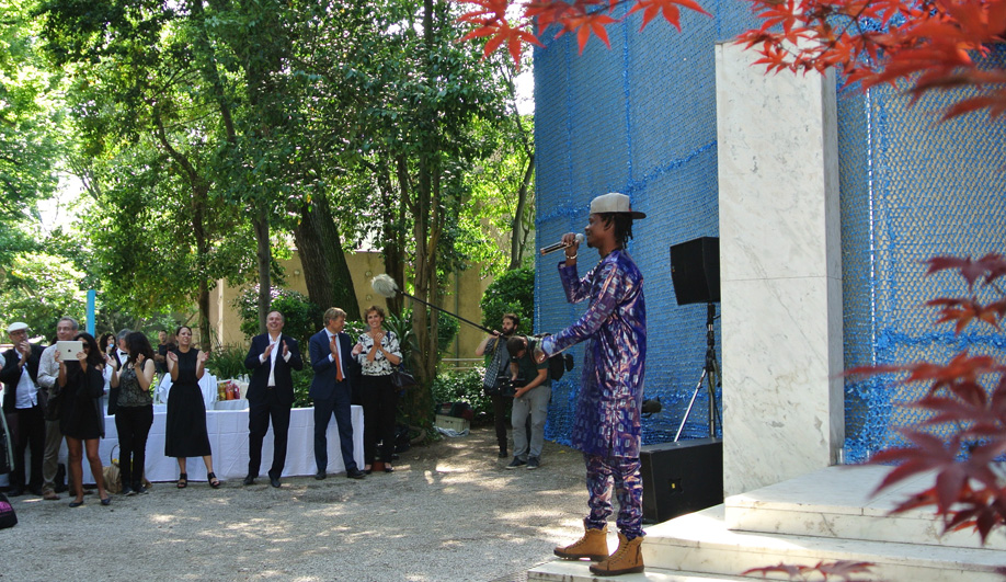 Malinese rapper Master Soumy outside of the Dutch pavilion at the 2016 Venice Architecture Biennale