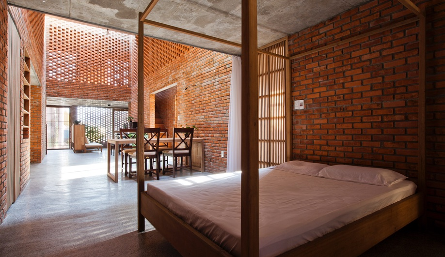Termitary-House-Vietnam-Tropical-Space-Azure