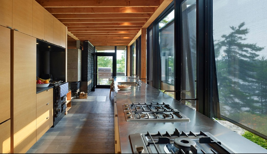 Azure-Ian-MacDonald-Architect-Go-Home-Bay-Cabin-02