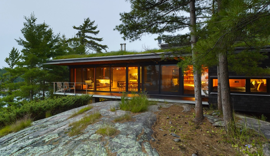 Azure-Ian-MacDonald-Architect-Go-Home-Bay-Cabin-03
