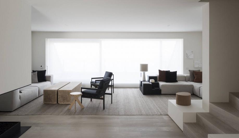 azure-vincent-van-duysen-designer-of-the-year-biennale-interieur-2016-drd-apartment-07