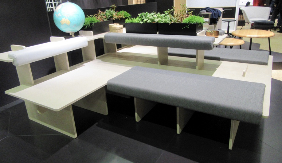 pip-richard-lampert-orgatec-1-azure