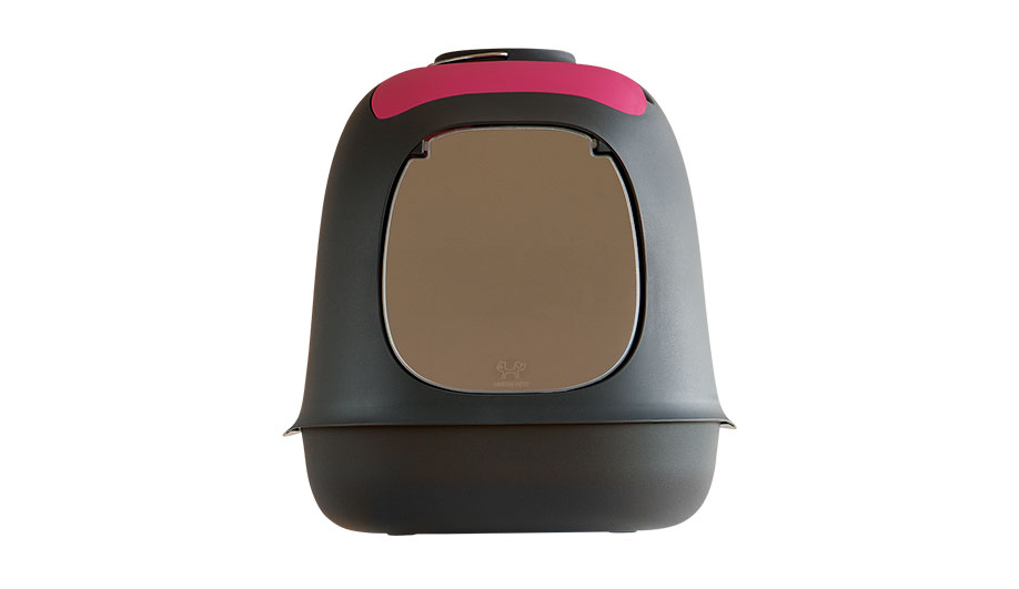 The Minù litter box, one of several designs for United Pets, is among Sommella's first commercial successes.