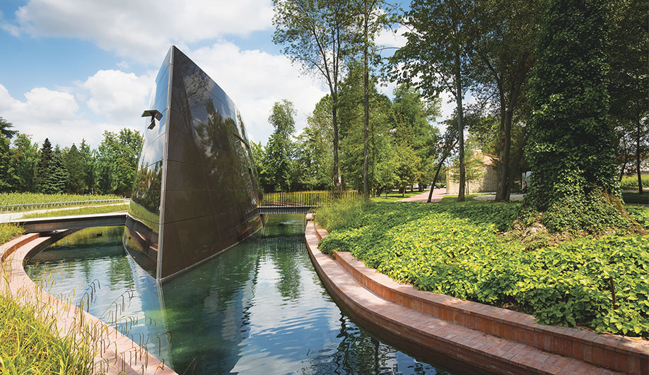 Architectural Attractions For Wine Lovers